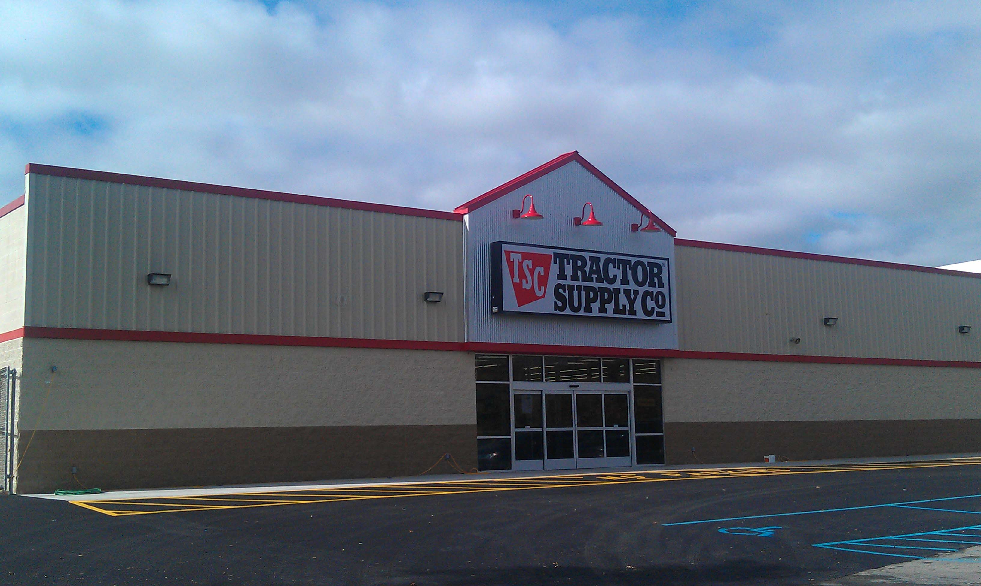 Tractor Supply Store Architects